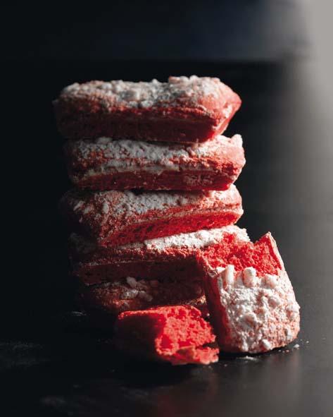 Biscuit rose de Reims © Patrick Rougereau